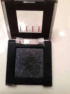 Elle Eyeshadow Single  #24